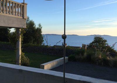 La douche extérieure vacances Grande maison luxueuse à louer Rayol-Canadel-sur-Mer